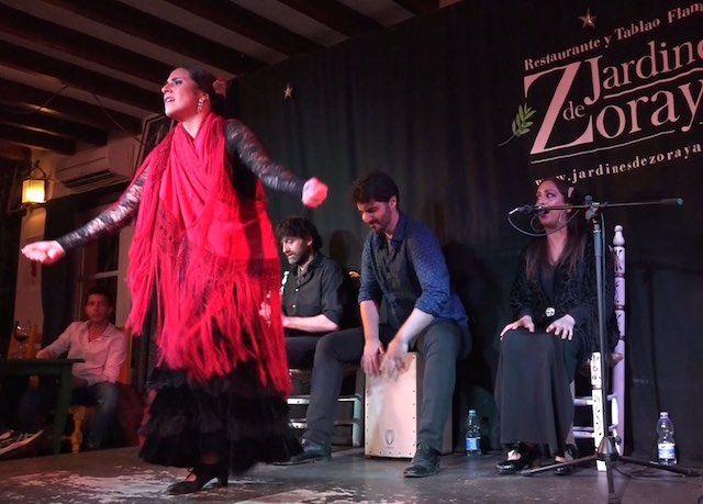 Flamenco en jardines de zoraya granada for Jardines de zoraya granada