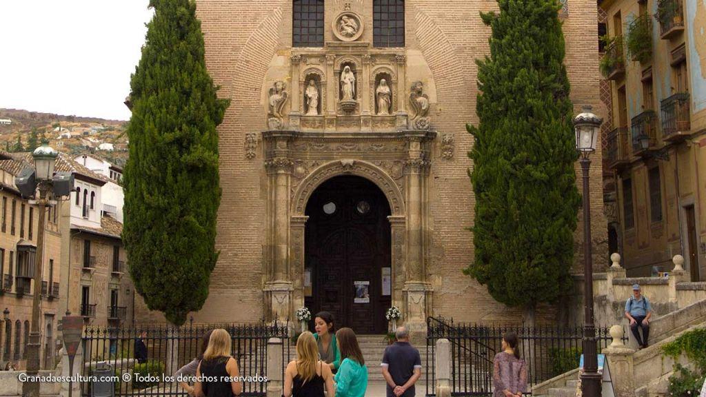 Iglesia de Santa Ana en Plaza Nueva Granada