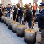 """Bestias, """"chiscos"""" y ollas por San Antón en Granada"""
